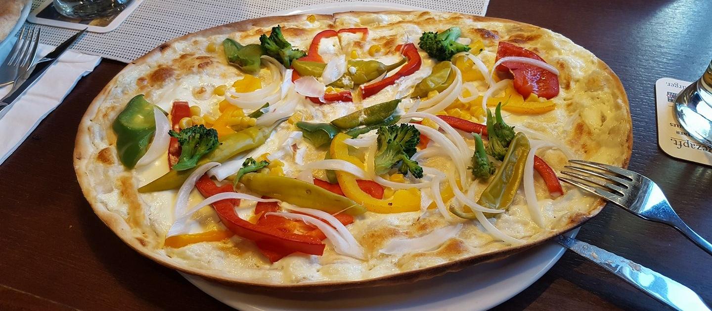Restaurant-Mühlenstein-Wedel-Burger-Pizza-Brunch-Mittagstisch-Flammkuchen-vegetarisch