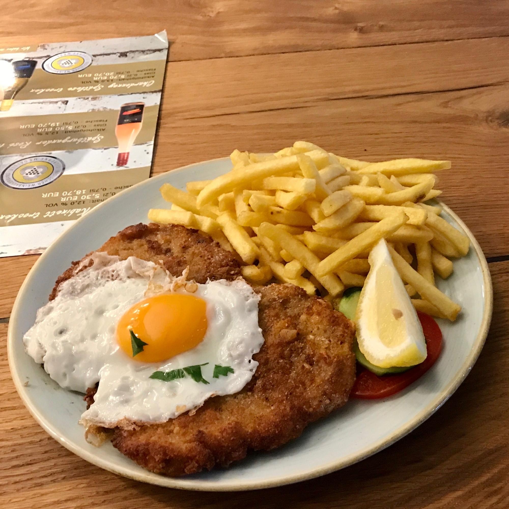 Restaurant-Wedel-Mühlenstein-Burger-Pizza-Brunch-Schweineschnitzel Hamburger Art