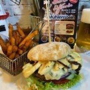 Restaurant-Wedel-Muehlenstein-Burger-Pizza-Brunch-Gorgonzola-Burger